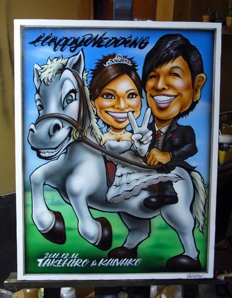 【似顔絵welcomeボード 白馬の王子様 mya-k】  <p>ご主人が馬関係のお仕事に携われており、白馬の王子様をイメージしております。</p> <p></p> <p>似顔絵welcomeボード</p> <p>●スペシャルタイプ</p> <p>●オプション 背景 動物追加</p>